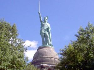 Das Herrmanndenkmal ist eines von vielen interessanten Ausflugszielen.